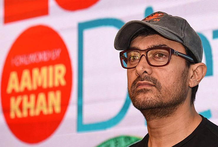 Bolly Buzz: Aamir Khan's Next to Showcase 100 Locations!
