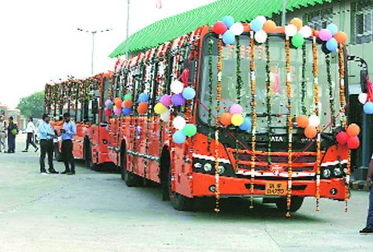 Delhi Announces 'Free Bus Ride Scheme' for City Women!
