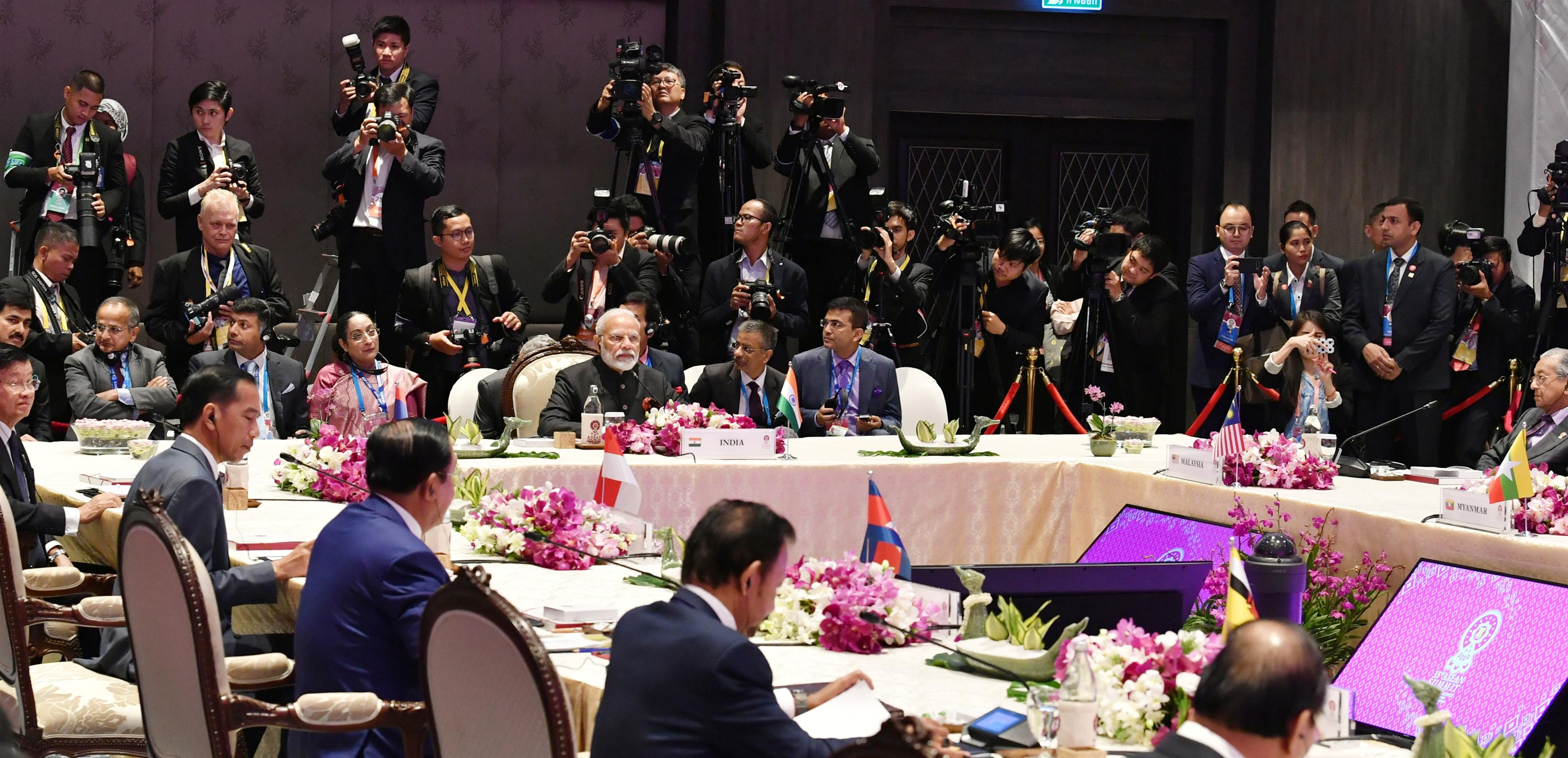 The Prime Minister, Shri Narendra Modi addressing the 16th ASEAN-India Summit