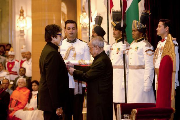 Padma Vibhushan Award Amitabh Bachchan
