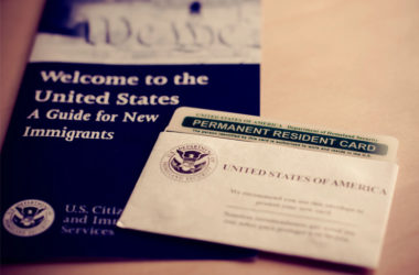 Green Cards To Indians Decline, Employer Applications On Rise!